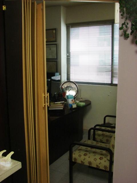 Oficina-y-area-de-presentacion-1